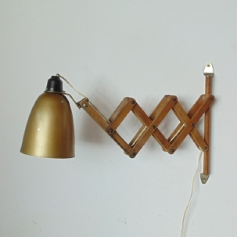 Vintage maclamp wall light in gold with extendable wooden arms