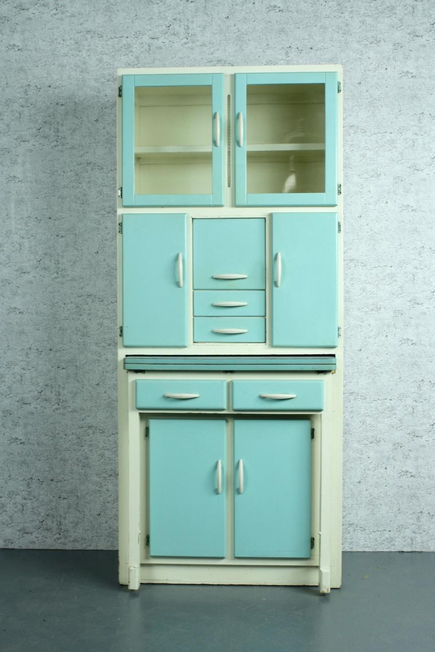 Vintage 1950s 60s kitchen larder cabinet kitchen queen for 60s kitchen cabinets