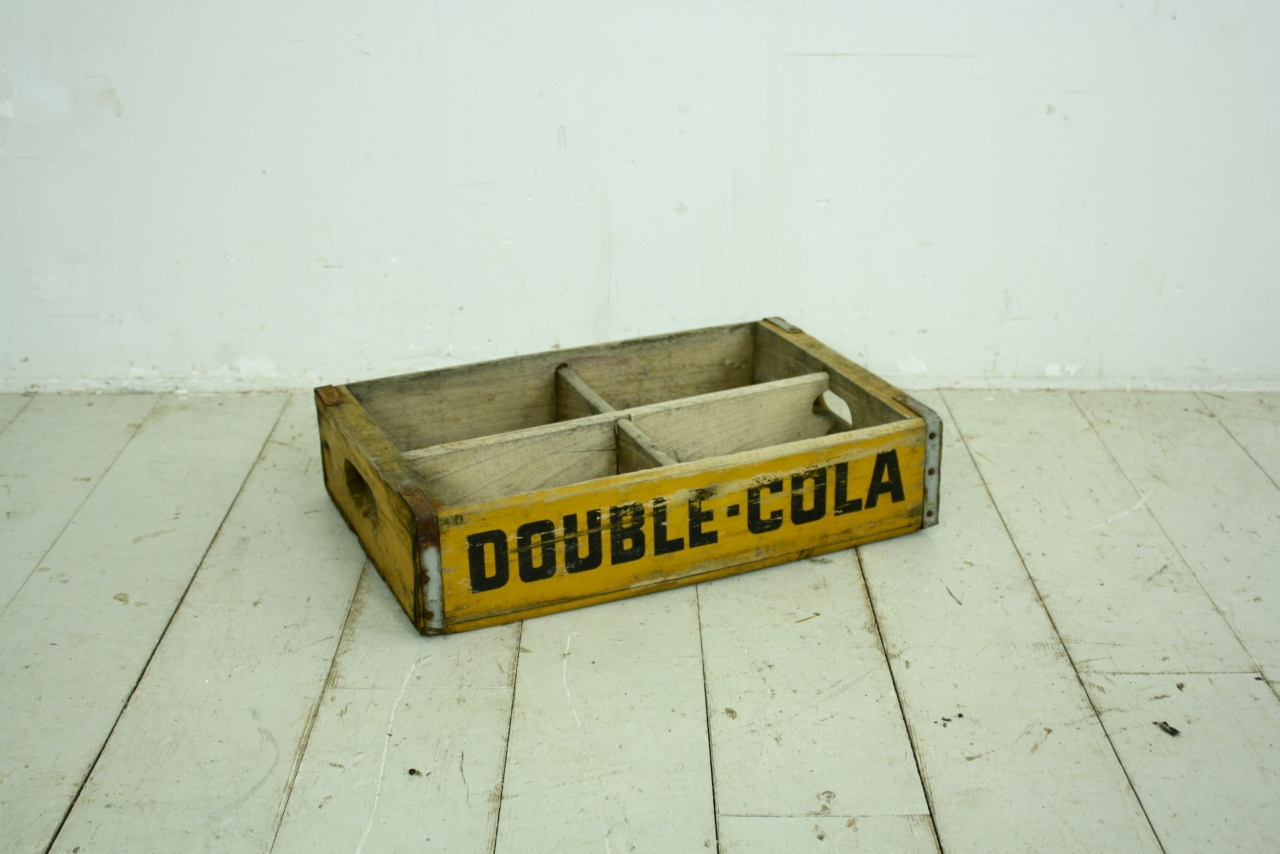 Vintage Us Double Cola Soda Crate In Yellow With Dividers Lovely And Company