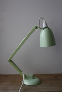 Vintage Maclamp in pastel green