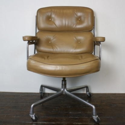 charles eames herman miller time life lobby chair in light tan lovely and company. Black Bedroom Furniture Sets. Home Design Ideas