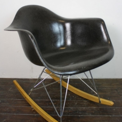 Zoom Eames Herman Miller RAR Rocking Chair In Black On Zinc Base With Birch  Runners