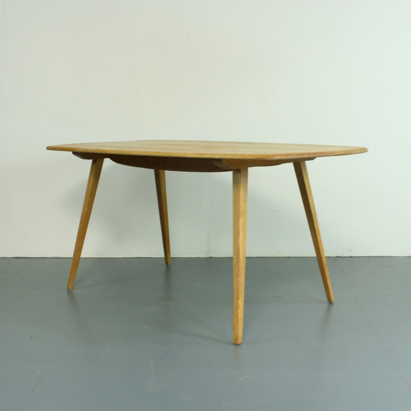 Vintage Ercol plank table Lovely and Company : IMG9600copy from www.lovelyandco.co.uk size 800 x 800 jpeg 221kB