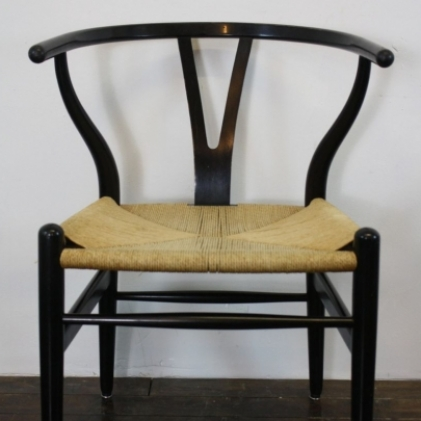 vintage hans wegner wishbone y chair in black lovely and company. Black Bedroom Furniture Sets. Home Design Ideas