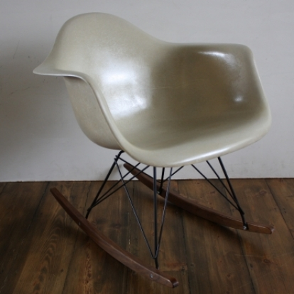 Perfect Eames Herman Miller RAR Rocking Chair In Seafoam Green Light