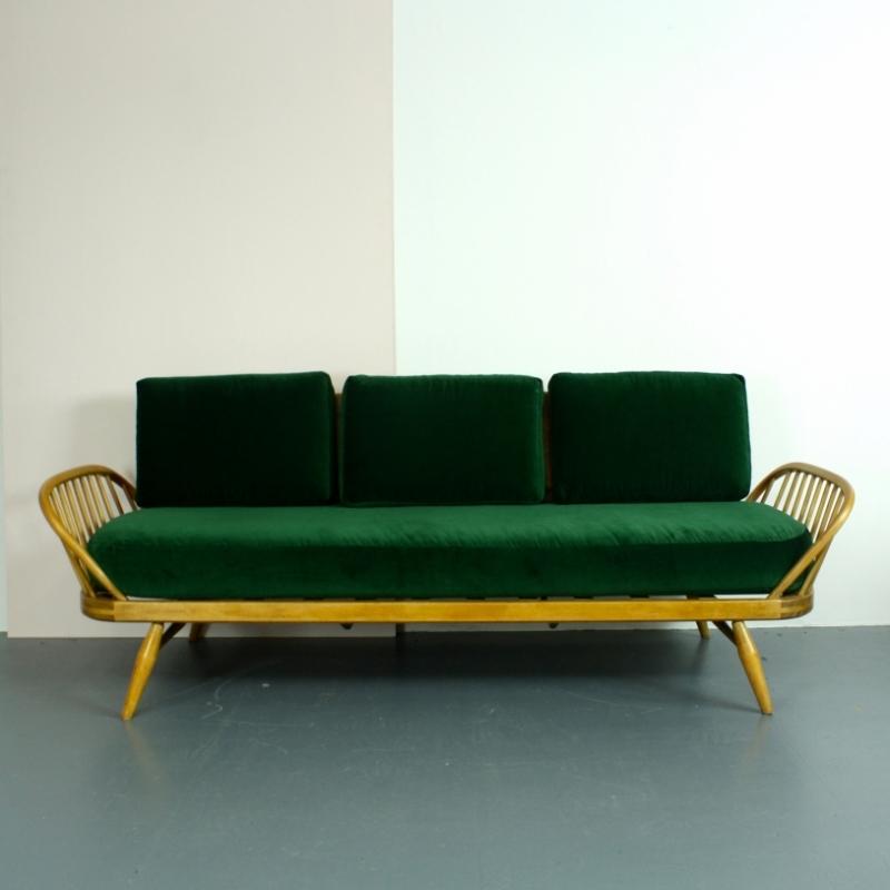 vintage ercol studio couch blonde with green velvet. Black Bedroom Furniture Sets. Home Design Ideas