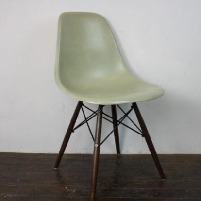 Zoom Eames Herman Miller DSW Side Chair In Seafoam Green Light ...