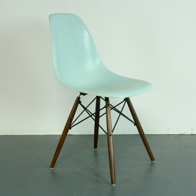 eames herman miller dsw side chair in duck egg blue lovely and company. Black Bedroom Furniture Sets. Home Design Ideas
