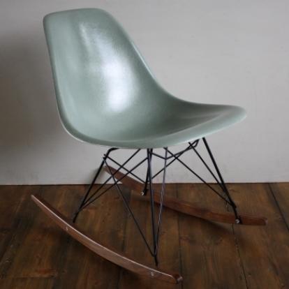 eames herman miller dsw side chair rocker in seafoam green lovely and company. Black Bedroom Furniture Sets. Home Design Ideas