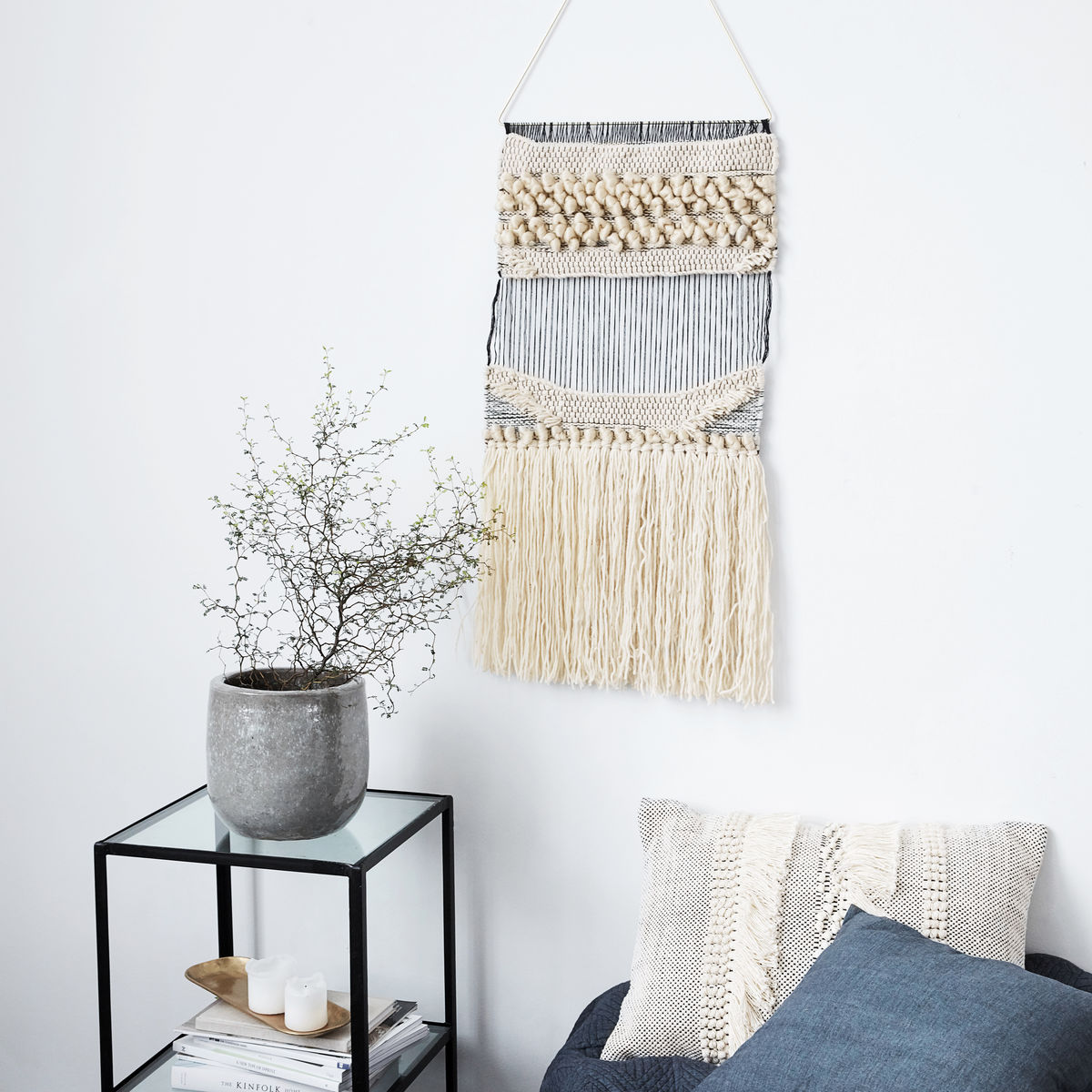 Plen wallhanging lifestyle